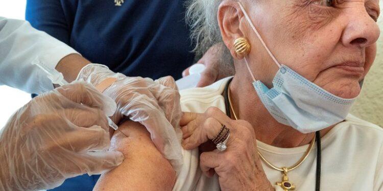 vacuna older